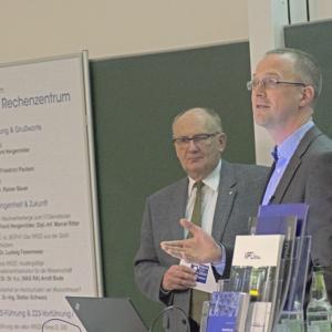 Dr. Gerhard Hergenröder und Dipl.-Inf. Marcel Ritter, RRZE-Leitung